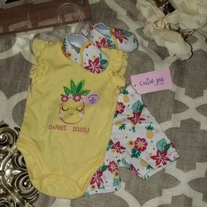 🍍🍍Sweet & Sassy Baby Girl 3 Piece Outfit🍍🍍